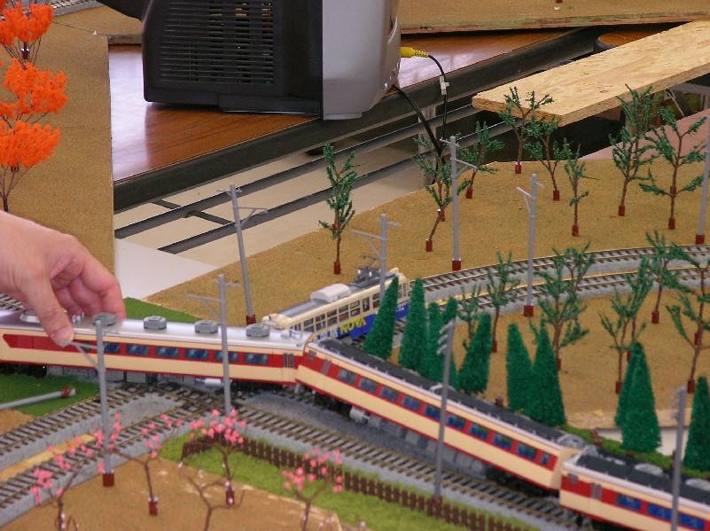 親子で遊ぼう鉄道模型in彦根 報告_a0066027_2251449.jpg
