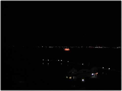 【琵琶湖ホテルの部屋と眺め】_b0009849_14532558.jpg