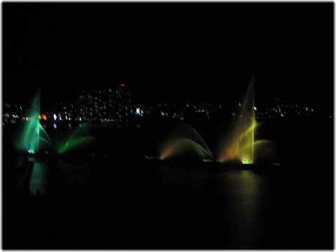 【琵琶湖ホテルの部屋と眺め】_b0009849_14565568.jpg