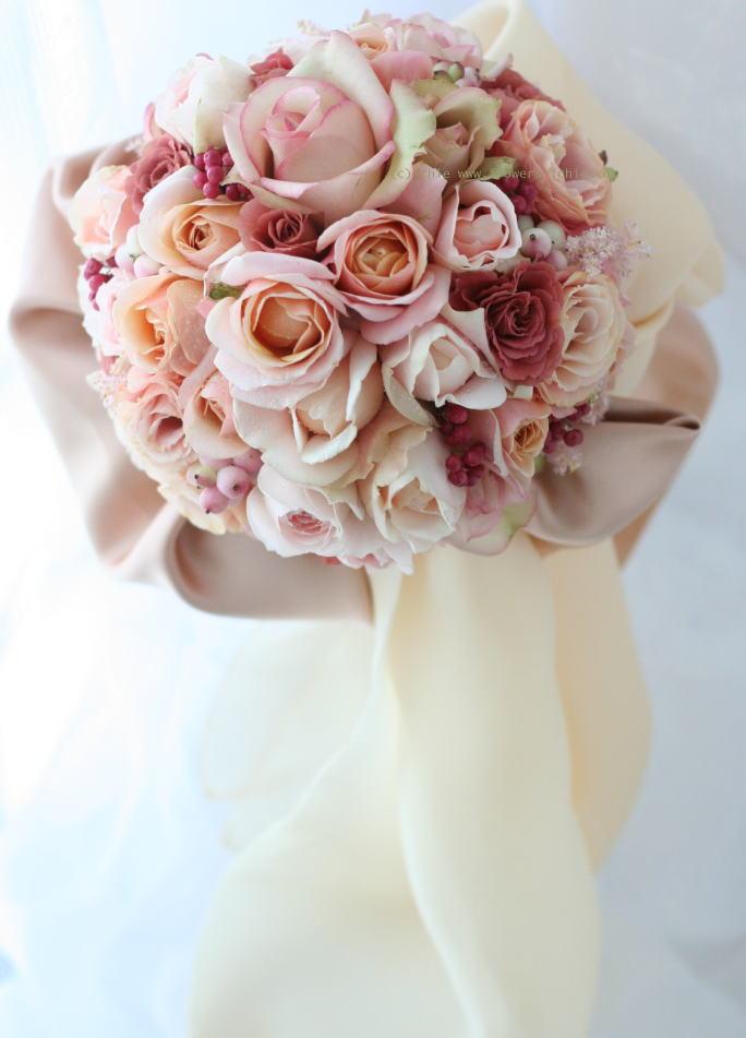ブーケ 花のひとひらずつ ニューオータニの新婦様_a0042928_23425826.jpg