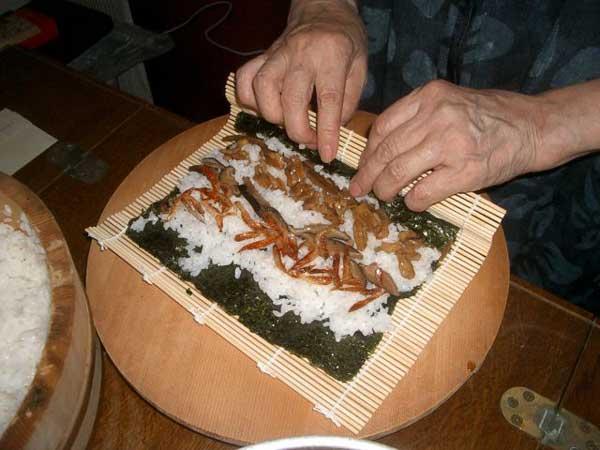 新潟と静岡のコラボ、胡桃寿司 その2_a0095931_15471312.jpg