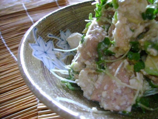 「かんづめ」ツナ入り豆腐のアボカドサラダわさびソース和え_d0104926_20583958.jpg