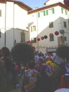 フィレンツェで堤燈行列~リフィコローネ_f0106597_5252536.jpg