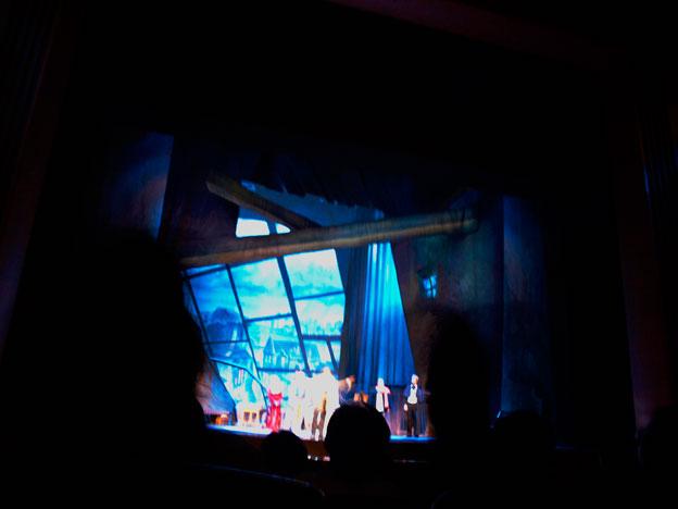 パバロッティーさんに捧げられた「キエフ・オペラ」追悼公演_a0031363_24258.jpg