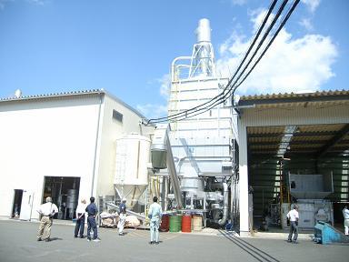 日出づる国のエコ工場_d0087595_17365117.jpg