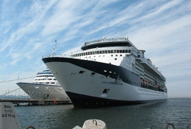 船の旅 (6月24日)タリンの観光( エストニア)_e0098241_10445922.jpg