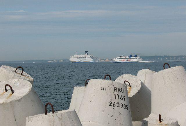 船の旅 (6月24日)タリンの観光( エストニア)_e0098241_10451868.jpg