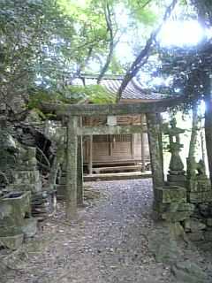 古い神社_f0099147_12441768.jpg