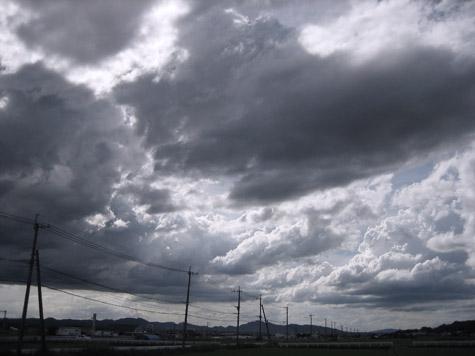 眩しい雲_c0107829_22275255.jpg
