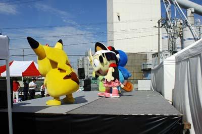 炎天下のジャグリング!そして静岡へ_b0008475_805467.jpg