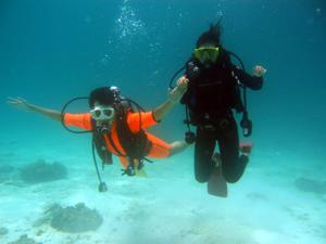 プーケット・ラチャヤイ島で体験ダイビング_f0144385_19295312.jpg