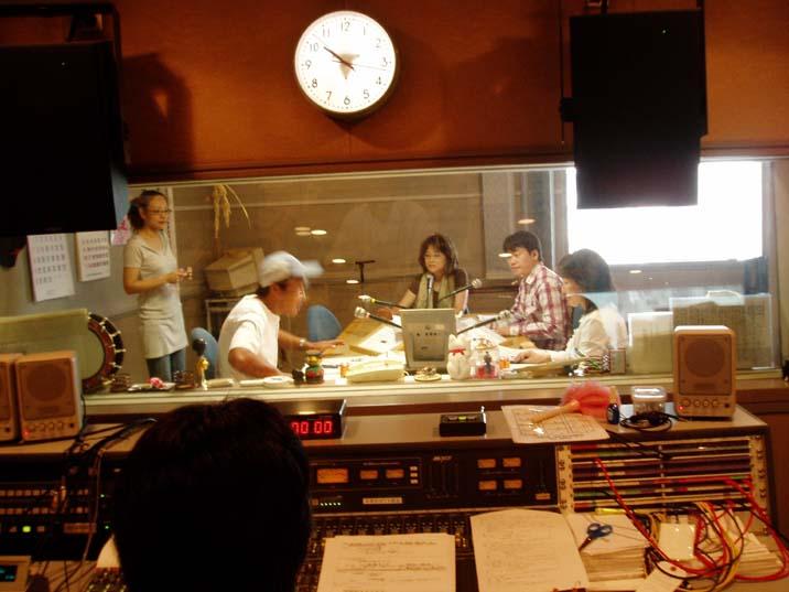 ラジオ出演☆_d0103296_9563189.jpg