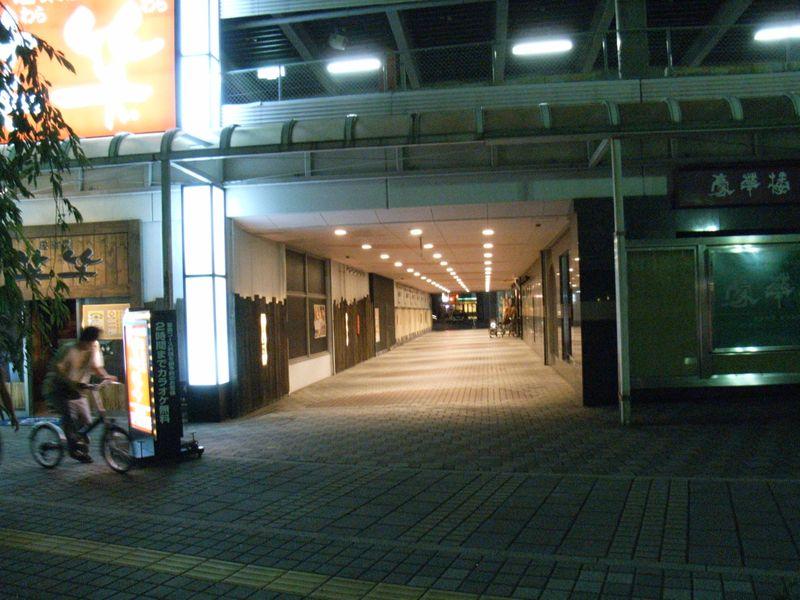 night walk_c0025115_472321.jpg