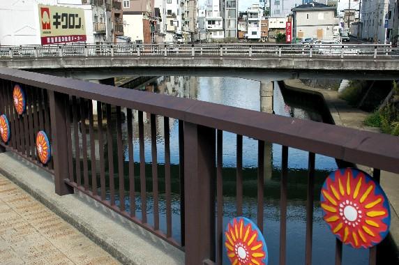 川のある風景_b0093754_2351166.jpg