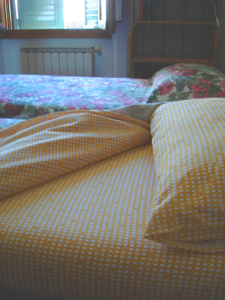 イタリア人マンマとベッドメイクの文化_f0106597_17222129.jpg