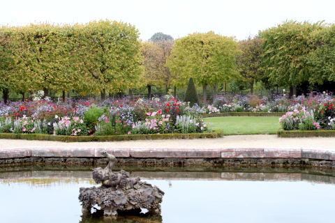ベルサイユ宮殿の庭園・・・その2_c0090198_4324540.jpg