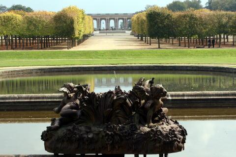 ベルサイユ宮殿の庭園・・・その2_c0090198_4354648.jpg