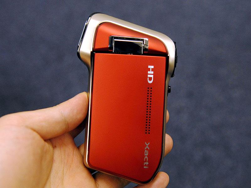 ショック・・ Xacti新型発表・・ HD700_b0028732_13465530.jpg