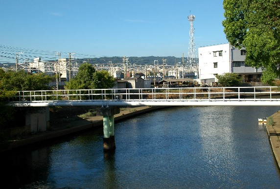 川のある風景_b0093754_051617.jpg