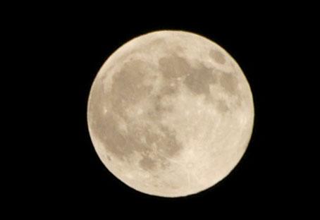 中秋の満月_d0024242_23474036.jpg