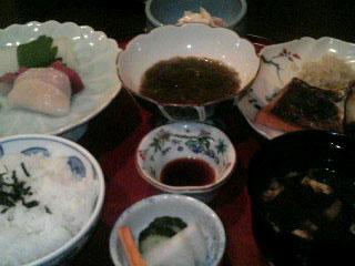 お肉膳を我慢してお魚膳_d0101514_039353.jpg