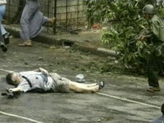 ミャンマー軍事政権に対する抗議のアクション_e0049842_16463456.jpg