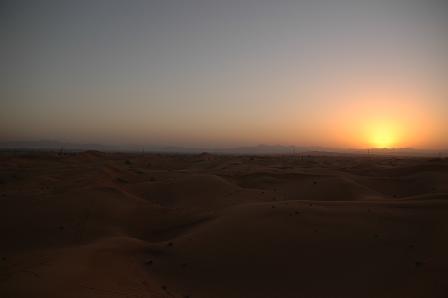 その砂丘からぐるっと360度。_e0066474_2211475.jpg