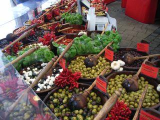 市場の食材ドイツ_a0079995_16505941.jpg