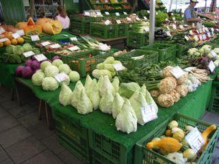 市場の食材ドイツ_a0079995_16543766.jpg