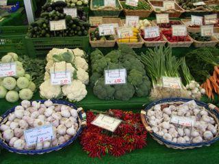 市場の食材ドイツ_a0079995_1655182.jpg