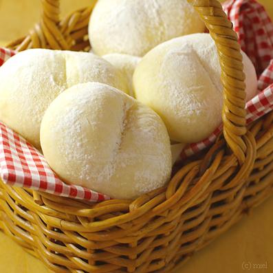 ハイジの白いパン_f0147145_16462988.jpg