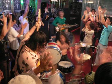 2007年09月30日(日) 「SCUM NIGHT A GO!! GO!! Vol.8」_f0004730_14401346.jpg
