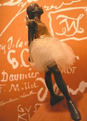 シンクロニシティ Synchronicity 素敵な偶然  Edgar Degas 踊り子のブロンズ像 ..。.゚。*・。♥_a0053662_2114540.jpg