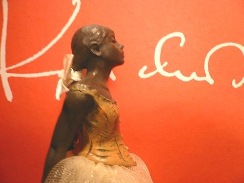 シンクロニシティ Synchronicity 素敵な偶然  Edgar Degas 踊り子のブロンズ像 ..。.゚。*・。♥_a0053662_220783.jpg