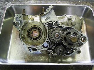 CRM250AR エンジンオーバーホール_b0118834_17243657.jpg