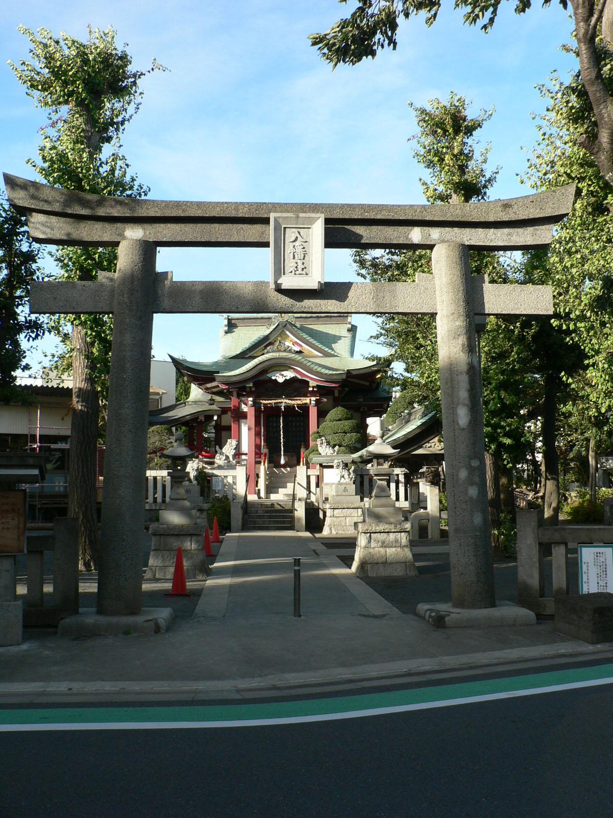 八幡山の八幡神社_e0123189_1927465.jpg