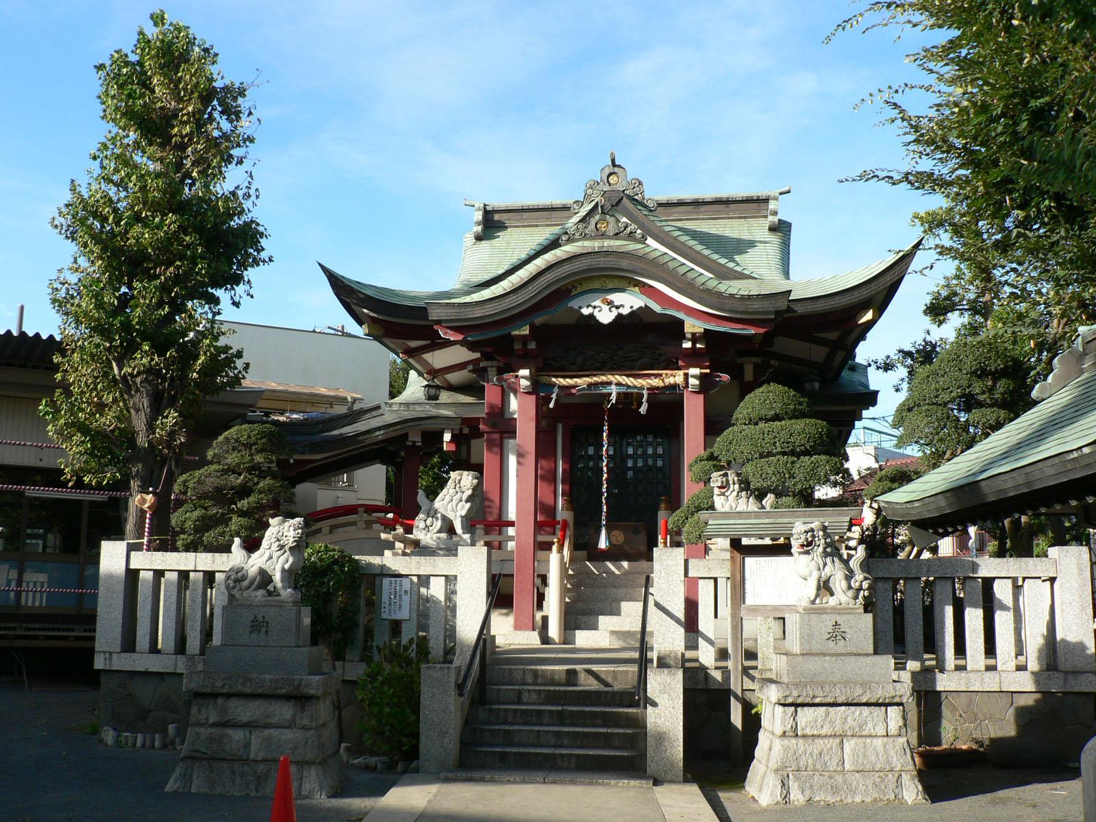 八幡山の八幡神社_e0123189_1928884.jpg