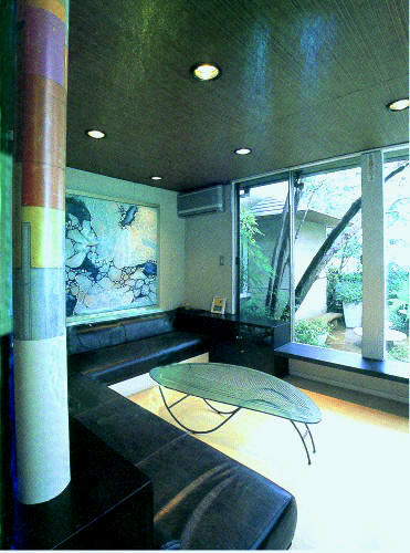 建築雑誌《世田谷の家づくり》に下馬の自邸が掲載されました。_e0010418_1826722.jpg