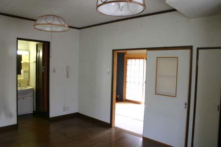 奈良のお家 洗面所 トイレ_e0074935_1050950.jpg