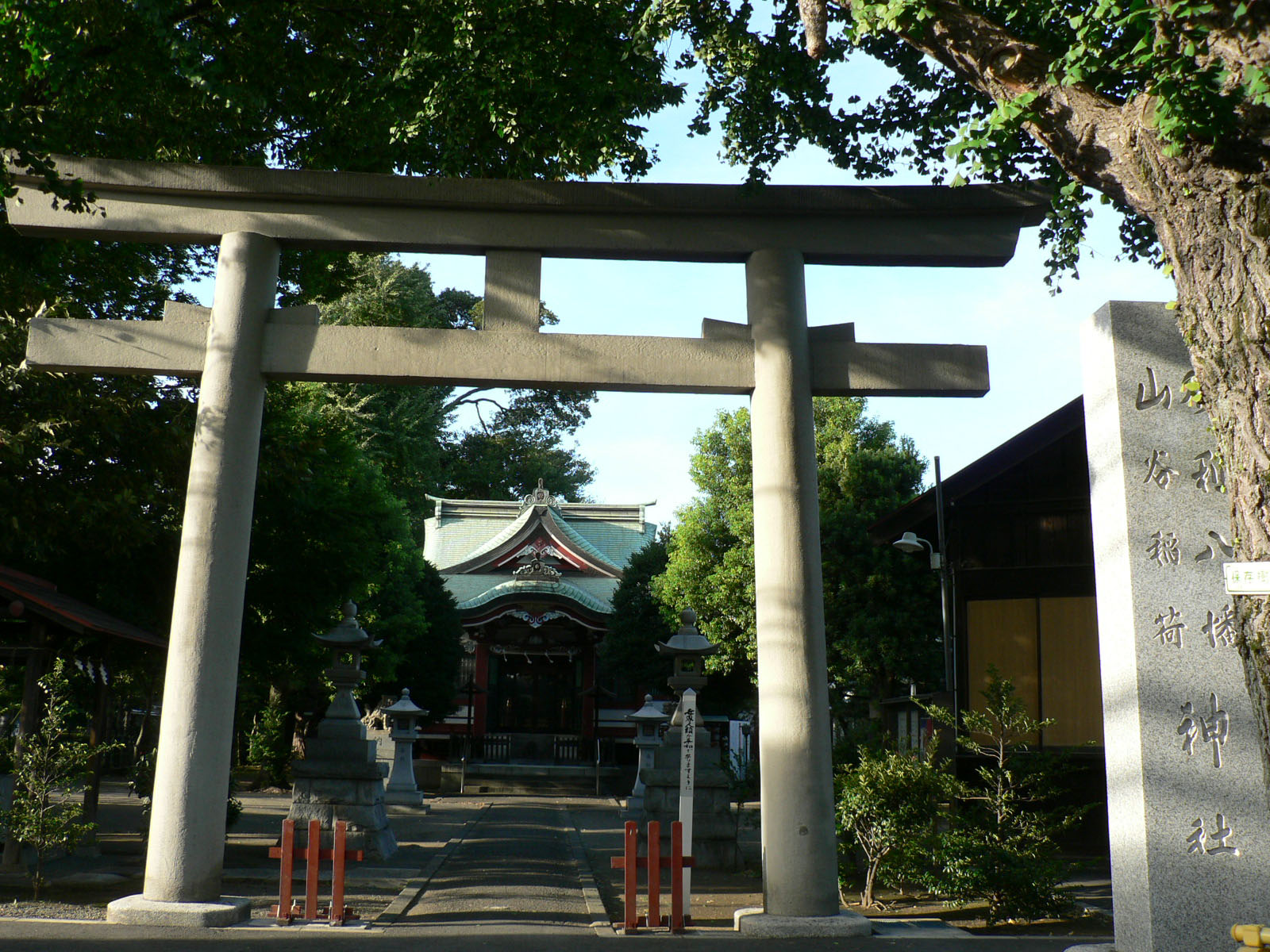 勝利八幡神社_e0123189_22302677.jpg