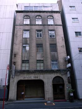 ビルの窓 銀座(東京)_e0098739_21202279.jpg