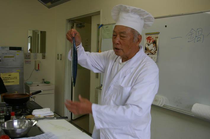 男の料理教室主宰者蓼沼誠一さん:神奈川新聞団塊探偵団_c0014967_1655837.jpg