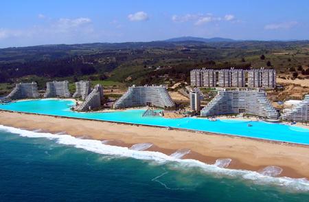 World\'s Largest Swimming Pool_f0011179_2471774.jpg