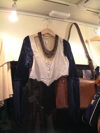 "CARBOOTS NEW ITEMS!! ""Vintage!!\""_f0144612_18364953.jpg"