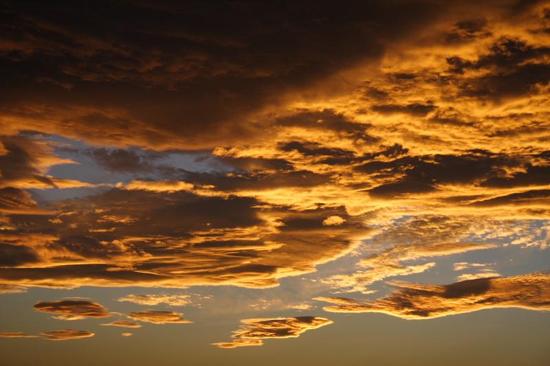 sunset clouds - Oct. 2007_e0061613_12010100.jpg