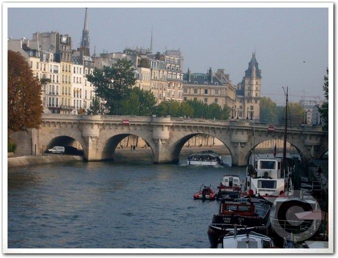 ■街角の秋・・・(パリ)_a0008105_22523927.jpg