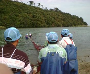 なつおさん 初めての鮭漁見学♪_f0096569_7103380.jpg