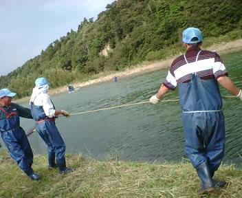 なつおさん 初めての鮭漁見学♪_f0096569_765246.jpg