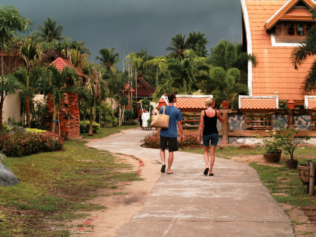 タイの風景 まずは宿探し、そして両替_f0024992_11224394.jpg
