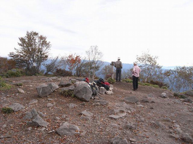 10月12日、赤城山(黒檜山)に登る_f0138096_16525936.jpg
